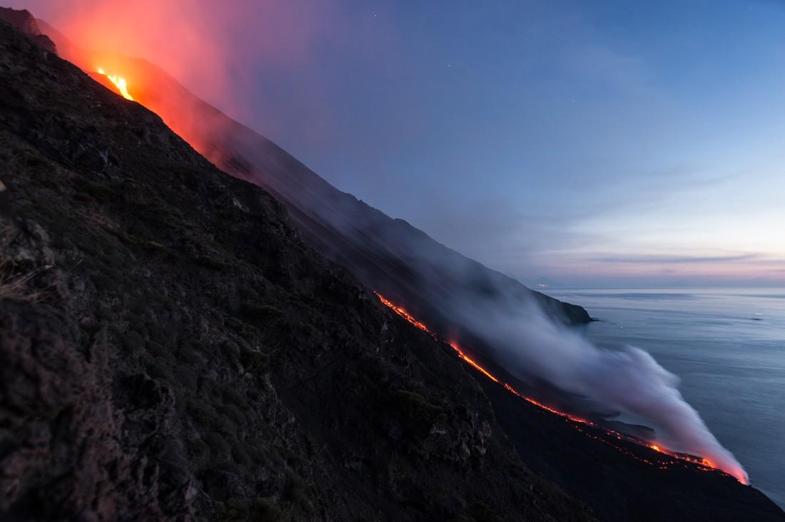 Извержение вулкана в Италии: пошиб как минимум один турист