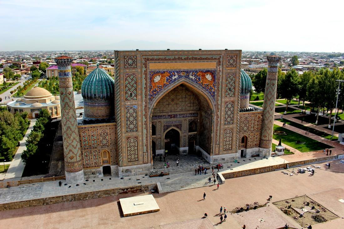 В Узбекистане для турагентств и туроператоров ввели лицензирование