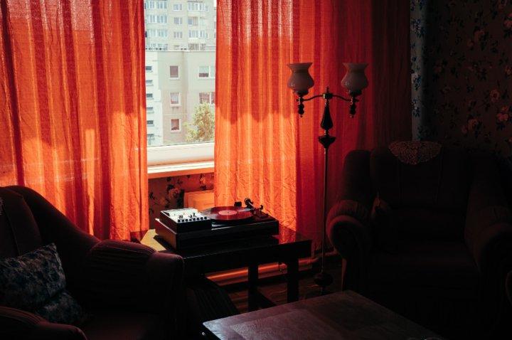 В Вильнюсе сдают квартиру за 60 евро в сутки с советским интерьером. Вы от такого уже избавились
