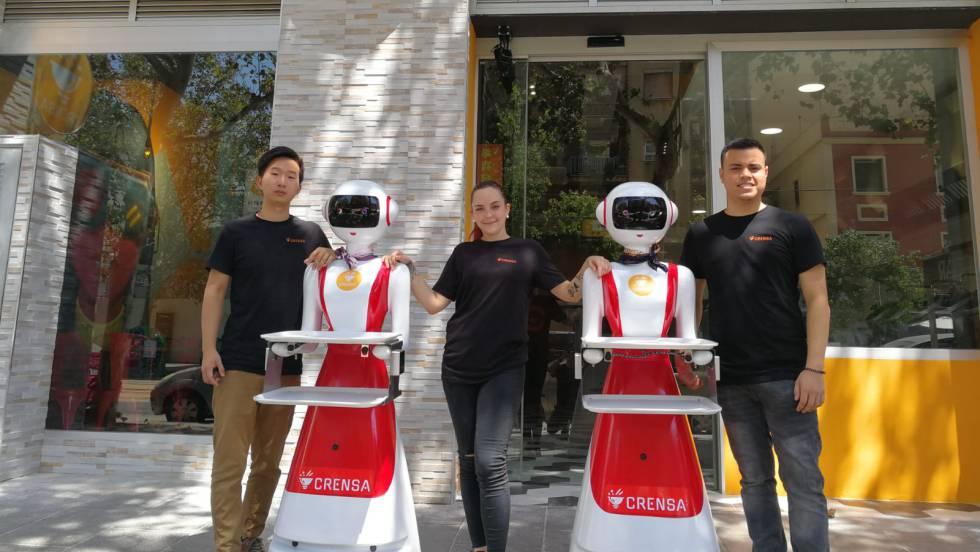 Ресторан с официантами-роботами готовится к открытию в Валенсии