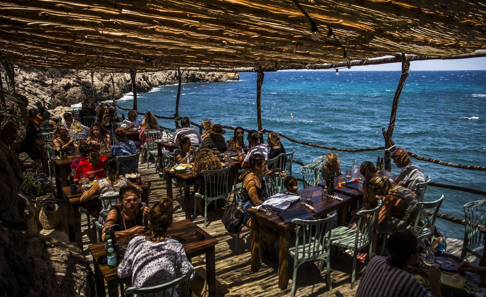 Убежище для богов на острове Майорка