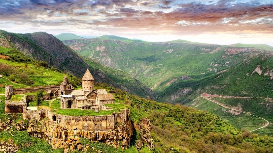 АТОР: от закрытия Грузии выиграли Закавказье и Черноморье