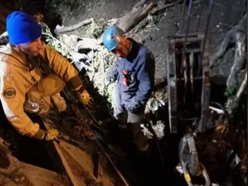 Автобус с туристами сорвался с обрыва под Новороссийском: 3 человека погибло, 40 - ранены