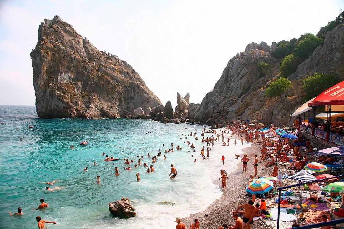 Туристы рассказали, как предпочитают отдыхать в родной стране