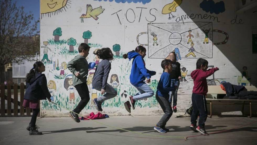 В этом году собрать ребенка в школу будет стоить испанским родителям около 372 евро
