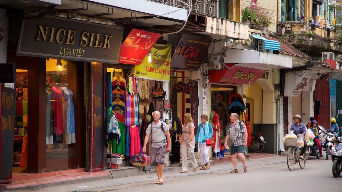 Составлен рейтинг самых щедрых туристов во Вьетнаме: наши на втором месте