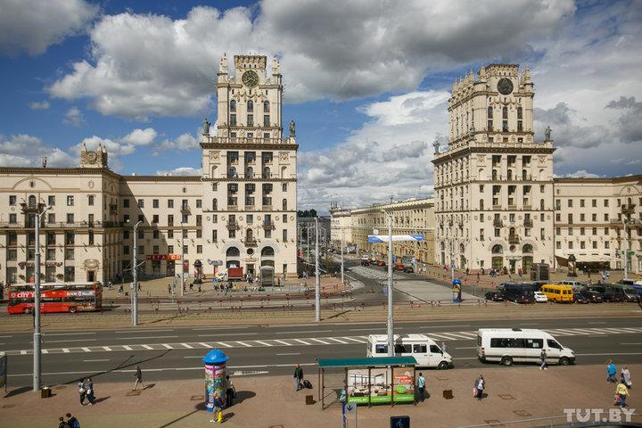 «В Германии или Польше не выставили бы за дверь». Жителей Гродно не заселили в минскую гостиницу