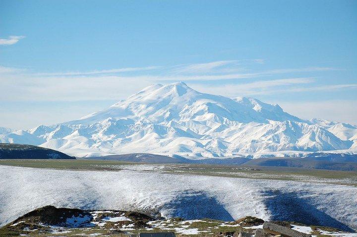 При восхождении на Эльбрус погиб 62-летний альпинист из Минска