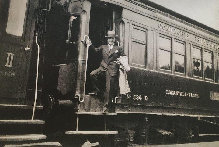 Как путешествия сформировали моду XX века. Показываем уникальные кадры из прошлого