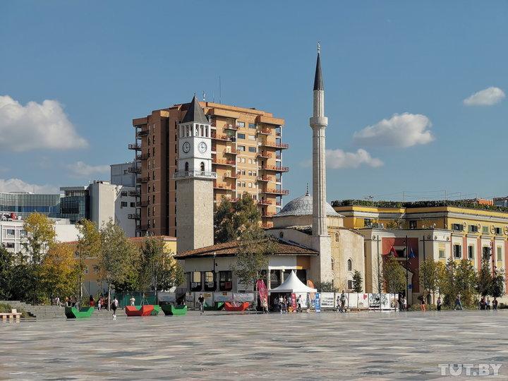 «Приштина похожа на маленький Нью-Йорк». На кемпере по Европе (часть вторая)