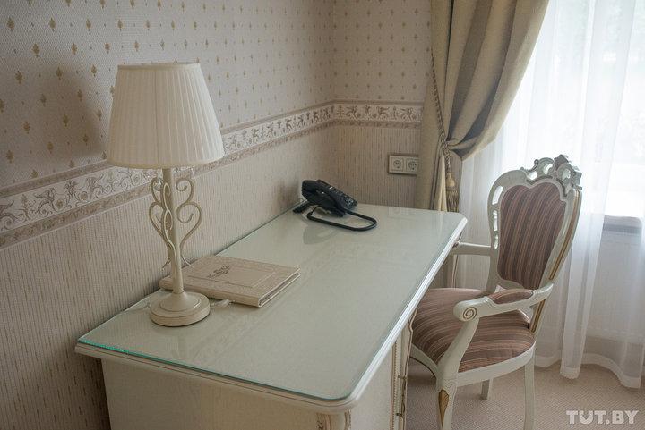 В каких белорусских городах дешевле всего снять номер в гостинице, а в каких - дороже всего