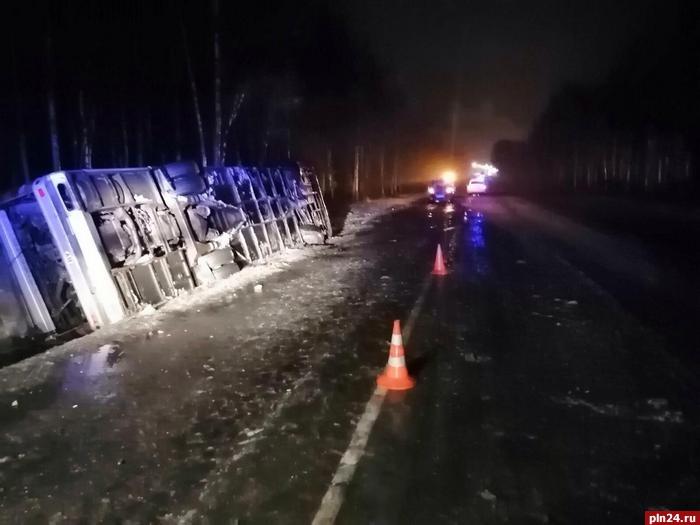 Белорусские туристы, которые попали в аварию под Псковом, возвращаются домой