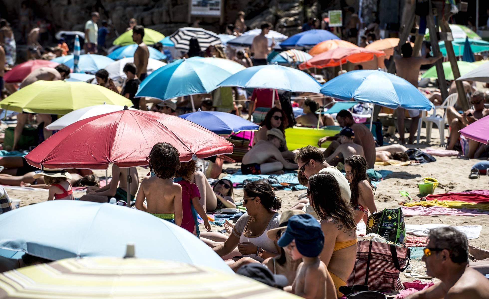 Новый туристический тренд испанцев: больше поездок за границу