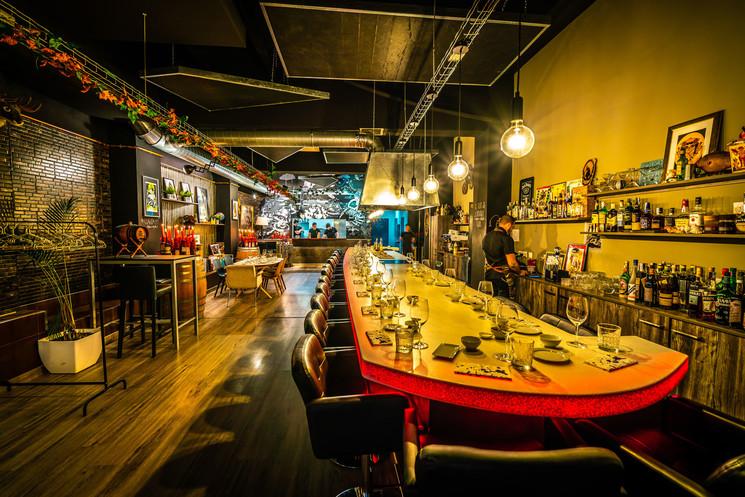 Самый необычный ресторан острова Майорка скрывается в гараже