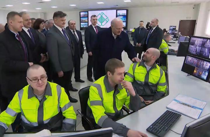 «Президент был прав». Кто тот египтянин, с которым говорил Лукашенко, открывая Светлогорский ЦКК