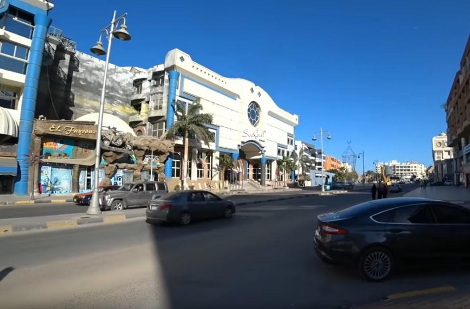 Власти Египта открывают отели Хургады и Шарм-эль-Шейха для туристов
