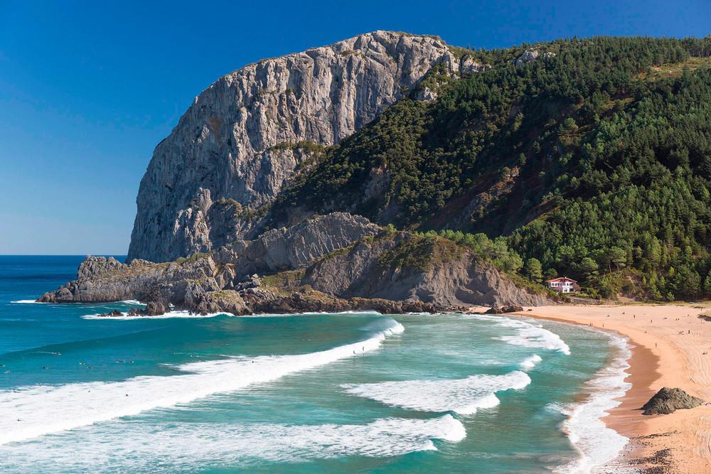 4 уединенных пляжа Испании для спокойного отдыха