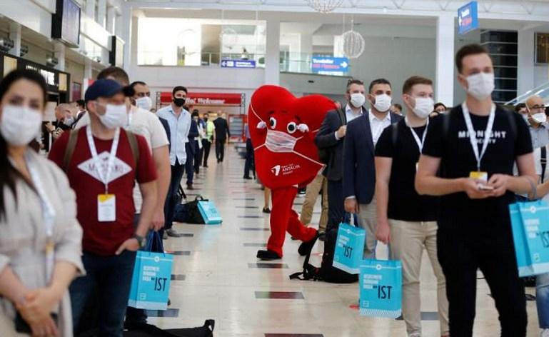 В Турции прошел рекламный тур по Анталии для послов 50 стран: кто в нем участвовал?