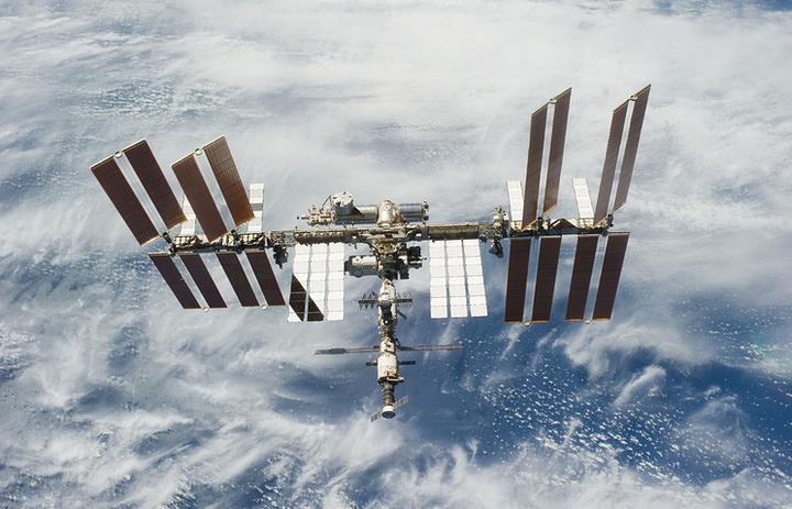 Названо время, когда космический турист впервые выйдет в открытый космос