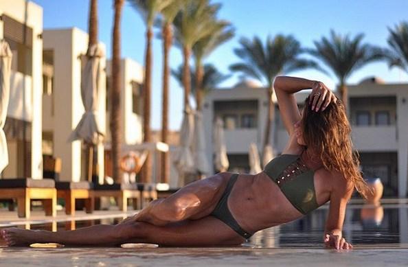 Сексуальная украинская спортсменка выложила фото из Шарм-эль-Шейха