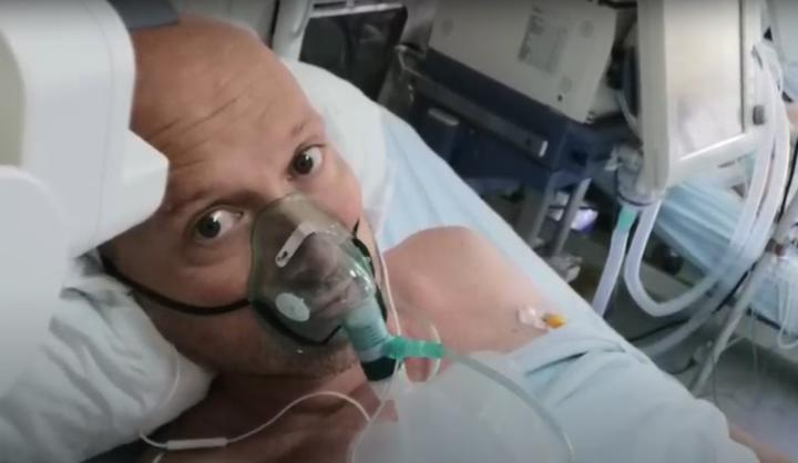 Британец, который приезжал в Минск на парад, заболел COVID-19. Теперь просит других быть осторожными