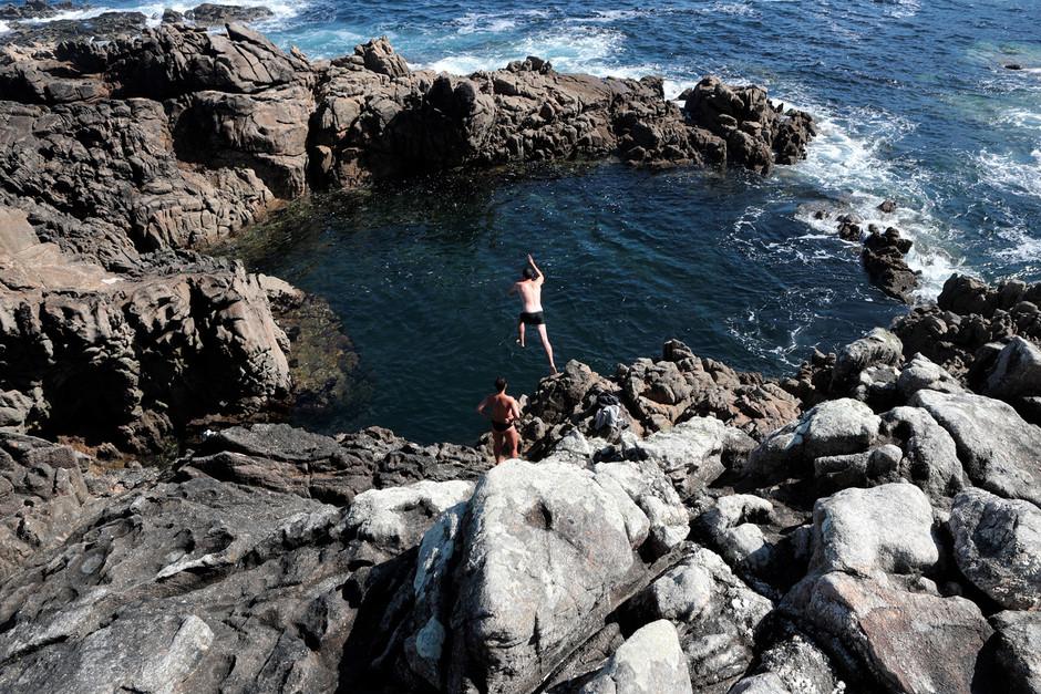 Pozo de Corme: природный бассейн в окружении дикой природы побережья Costa da Morte