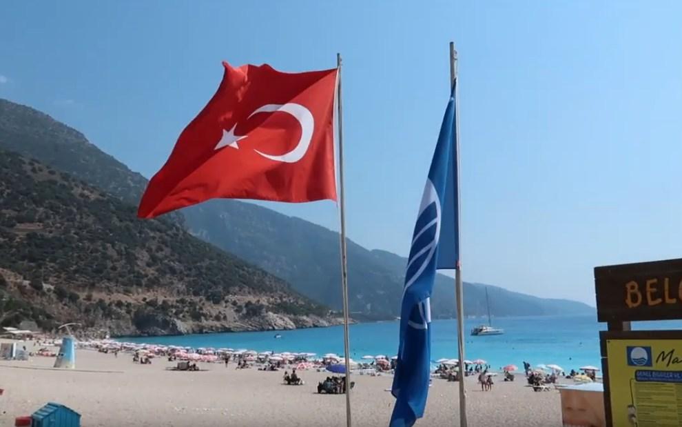 Турция официально заявила о втором пике коронавируса: россияне активно покупают туры на осень