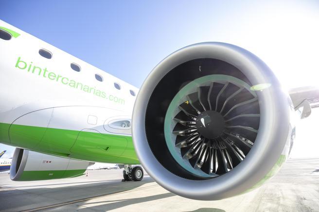 Самая любимая пассажирами испанская авиакомпания в декабре соединит Барселону и Канарские острова