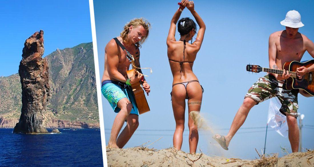 Походы голышом к фаллическим скалам: туристы устроили сексуальное паломничество на острова в Италии