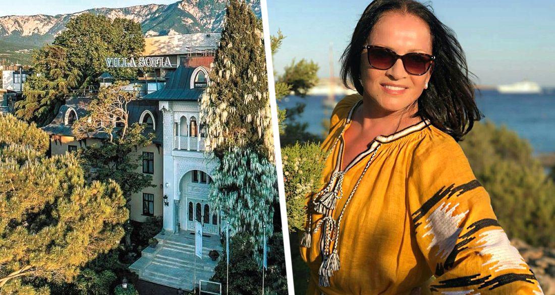 Ротару осталась без Софии: сколько потеряла певица из-за закрытия ее отеля в Крыму