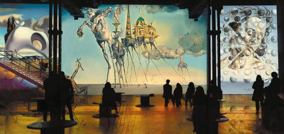 Цифровое искусство набирает обороты: творчество Дали и Гауди в Париже