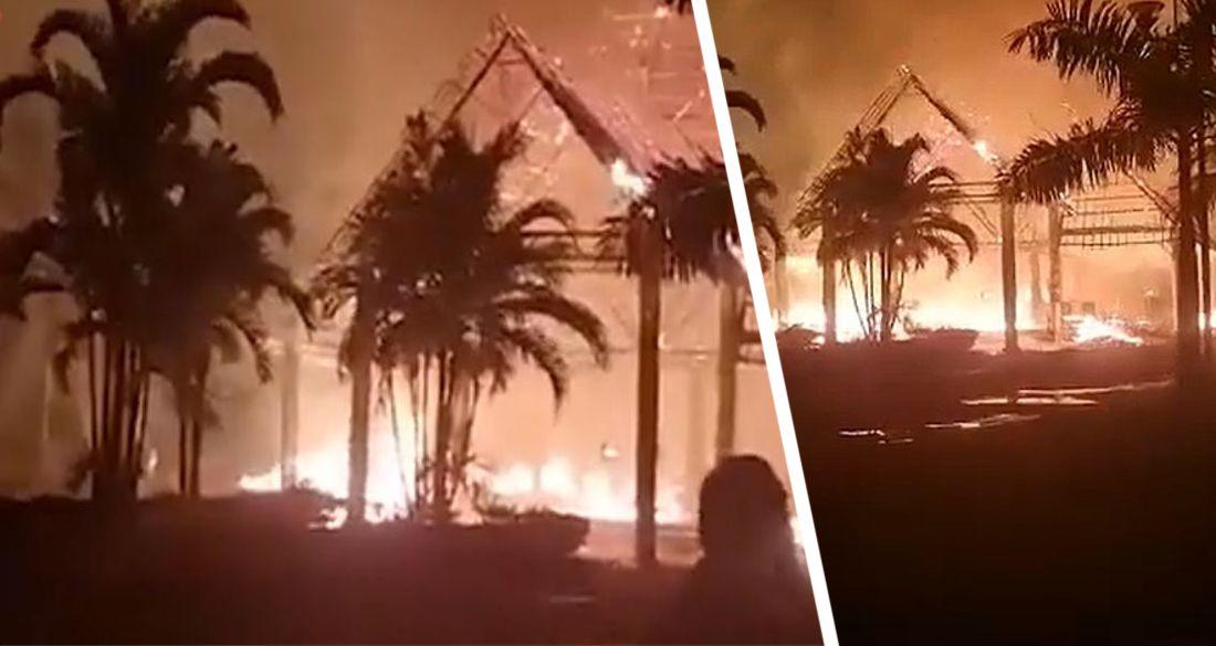 На Занзибаре полностью сгорел отельTUI Blue Bahari Zanzibar: российские туристы спасались бегством. ВИДЕО