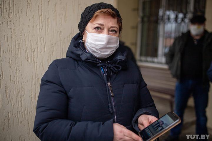 В Новогрудке осудили на 10 суток местную жительницу за участие в экскурсии о Холокосте