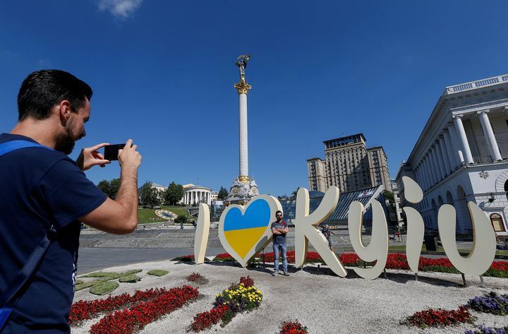 Украина опять внесла Беларусь в «зеленый список» по COVID-19. Можно ехать без ПЦР-теста и карантина