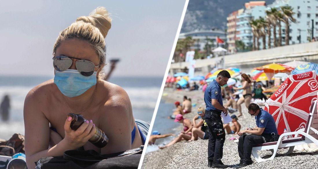 Российская туристка рассказала, как в Анталии сейчас полиция разводит на деньги загорающих за неодетую маску