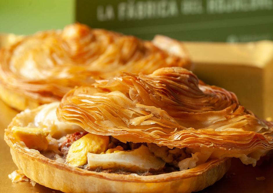 Новая интерпретация традиционного мясного пирога региона Мурсия