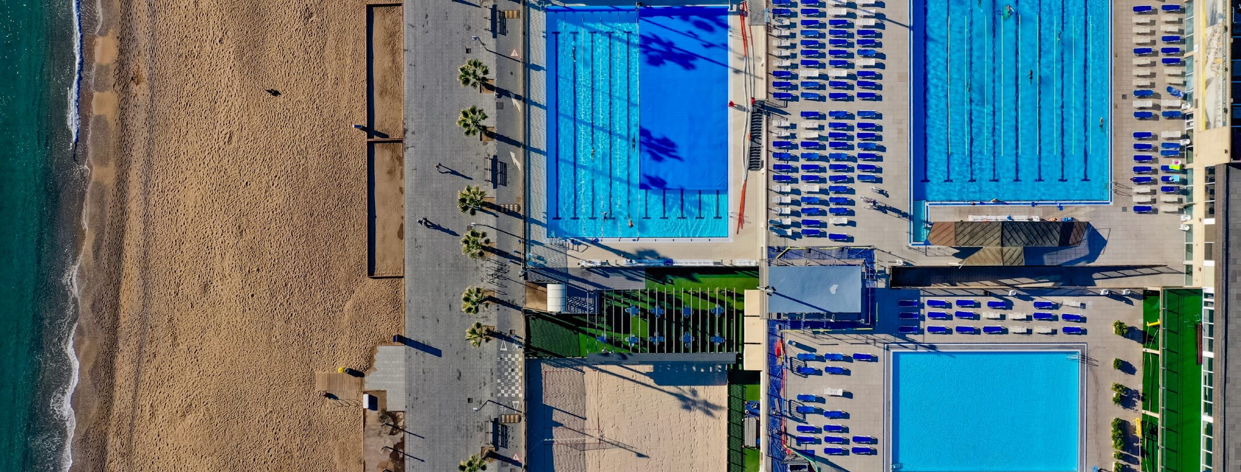 Три лучших открытых бассейна Барселоны