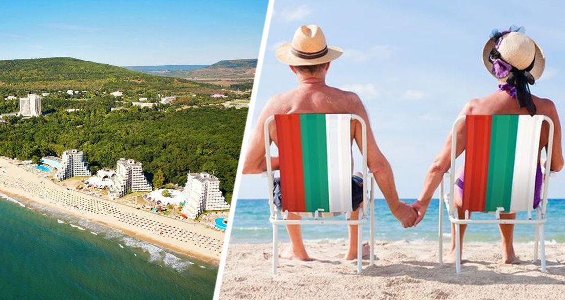Болгария впустила туристов на пляжи: зонтики и лежаки подешевели