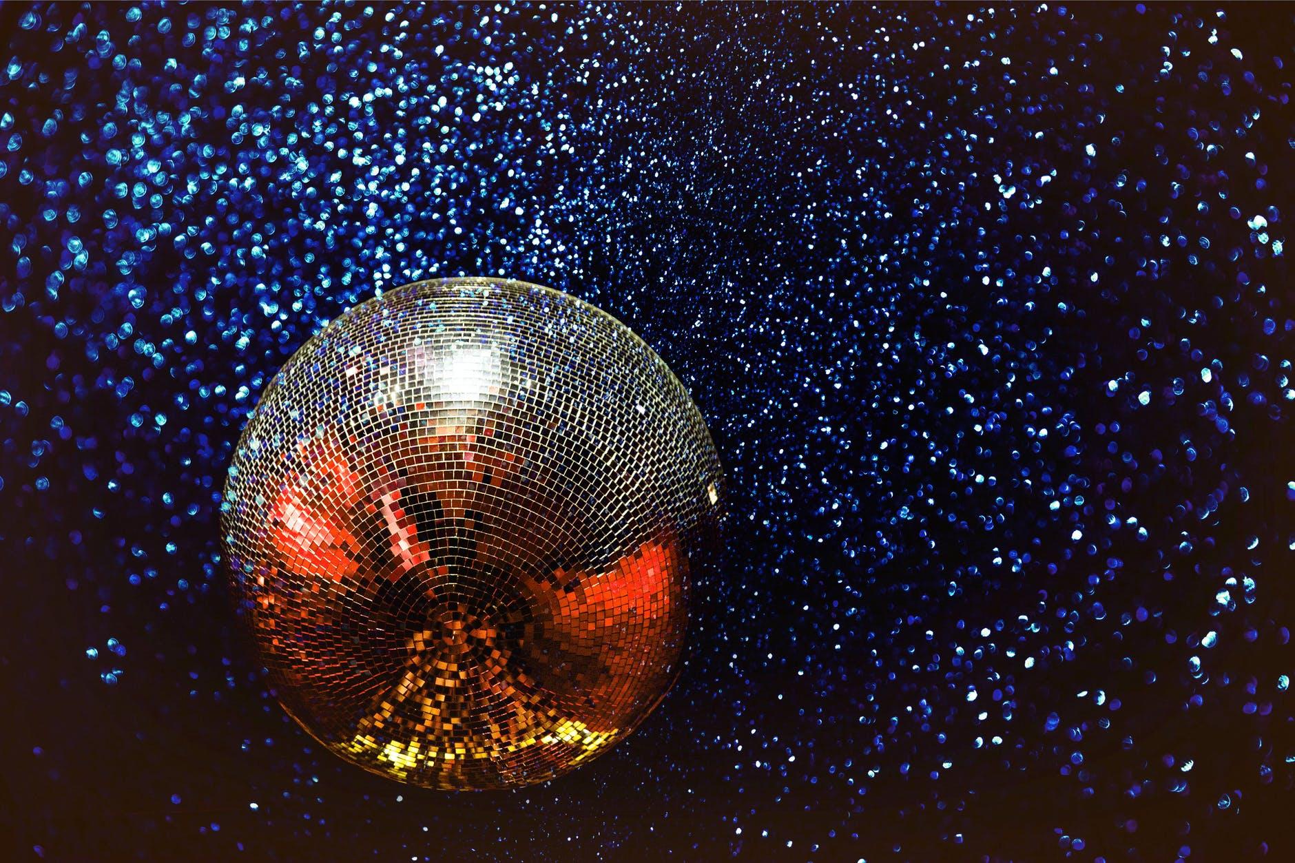 6 дискотек Барселоны, куда теперь снова можно пойти танцевать всю ночь