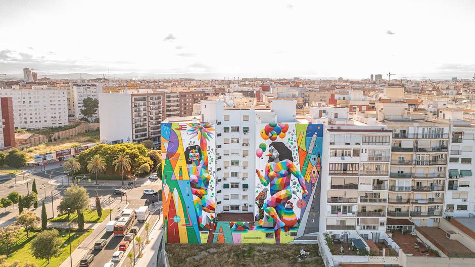Геометрия и цвет: в Мадриде и Валенсии появились яркие граффити от Окуда
