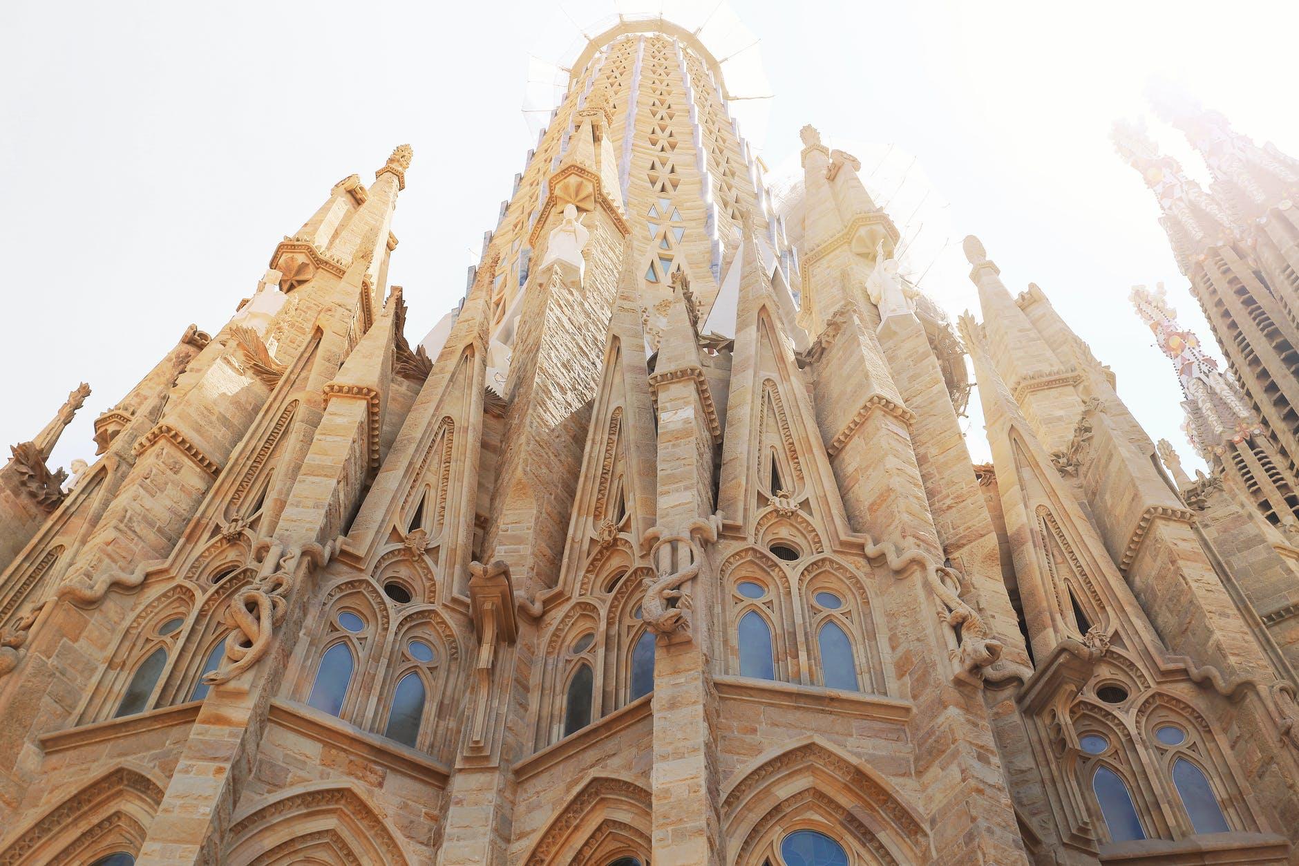 Посетить Храм Святого семейства бесплатно в рамках фестиваля La Mercè