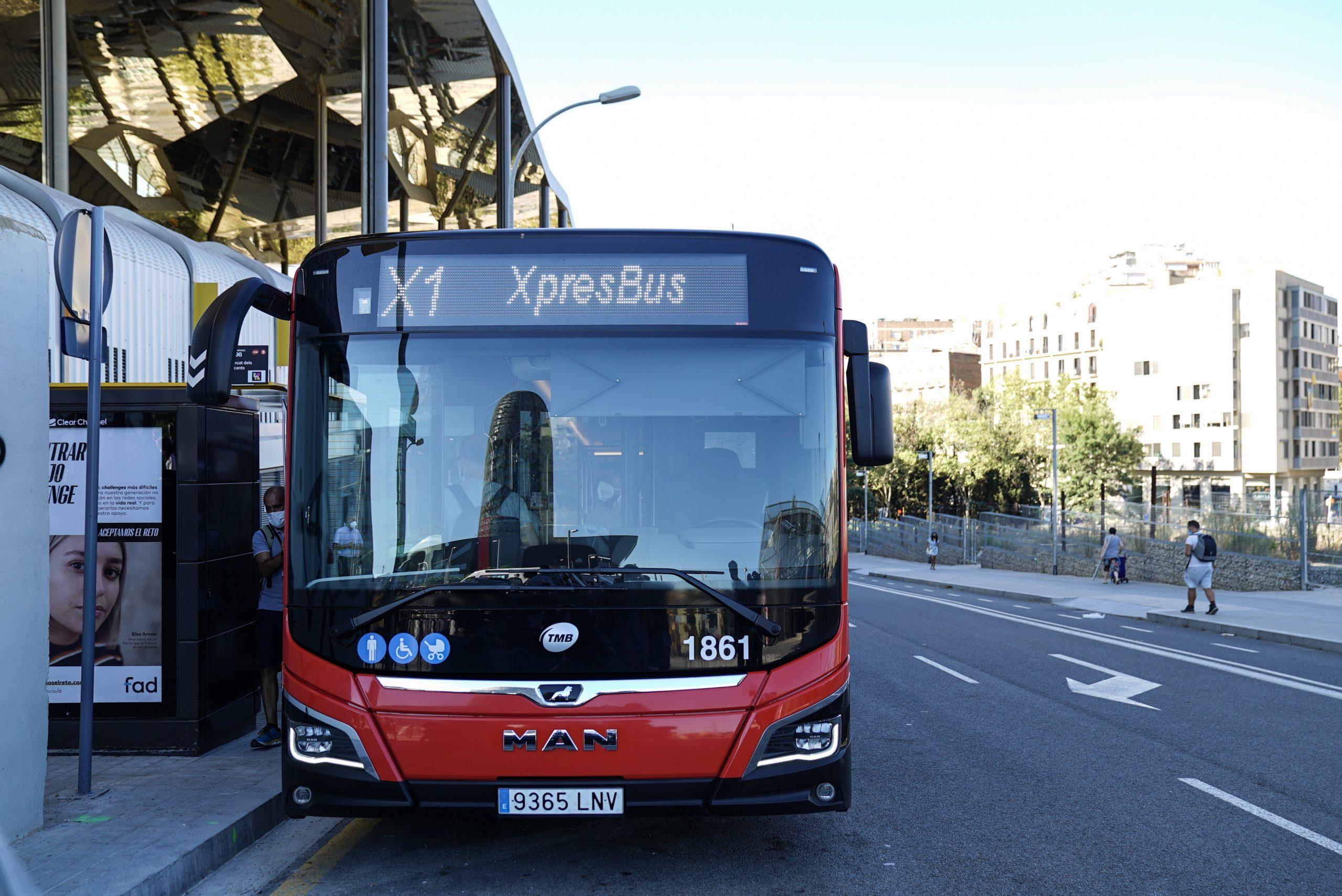 Пересечь Барселону за 20 минут на новом городском автобусе