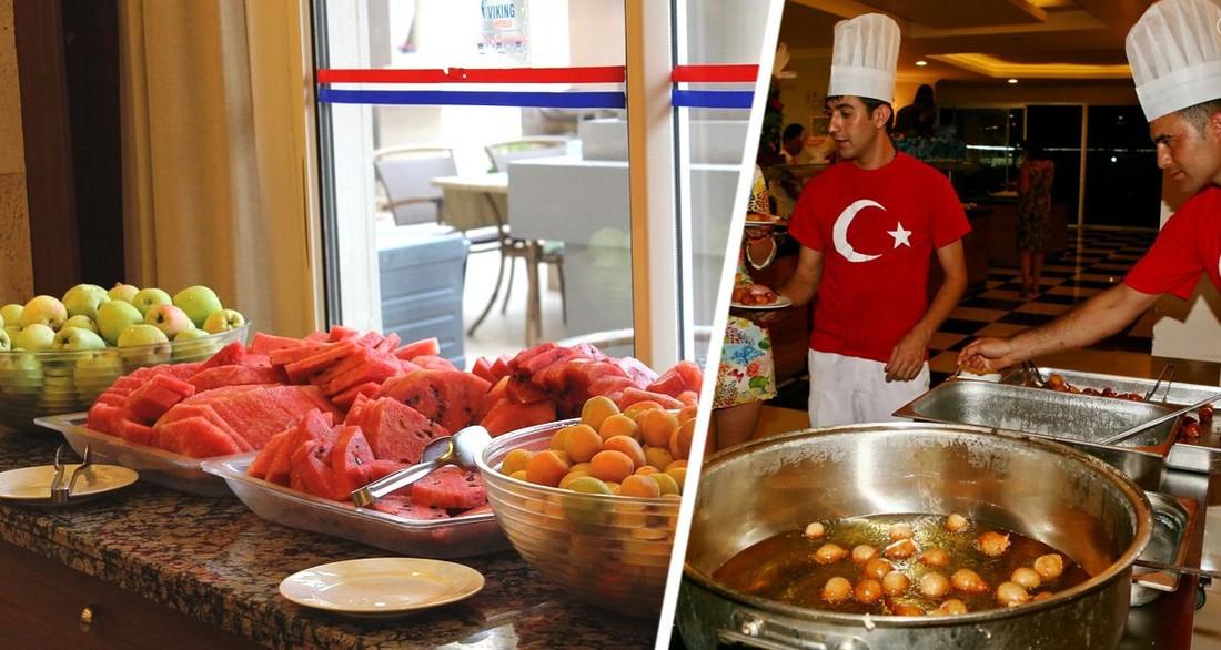 Российские туристы кричали, рассовывая персики по карманам и накладывая горы на тарелки – россиянка поехала в 5-звездочный отель в Турции и была шокирована диким поведением соотечественников