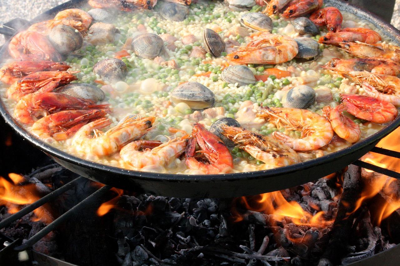 Традиционная паэлья раньше готовилась с добавлением мяса грызунов