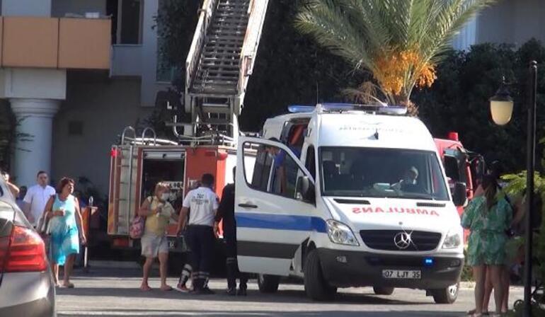 В 5-звездочном отеле Турции произошел пожар: туристы спасались из задымленных номеров бегством